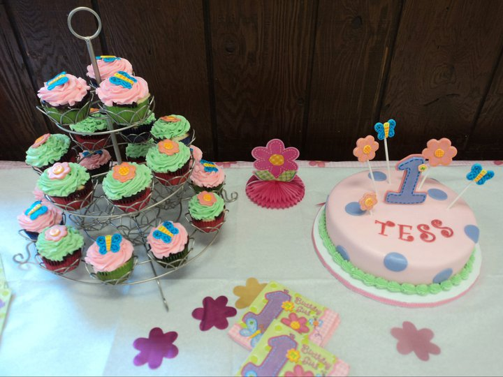 Hugs & Stitches Themed Cake and Cupcakes